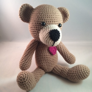 Brown Bear - with heart