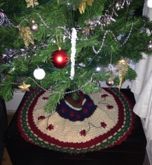 Christmas Tree skirt 1
