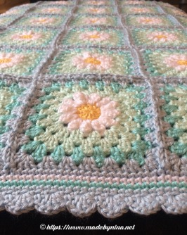 May's Daisy blanket