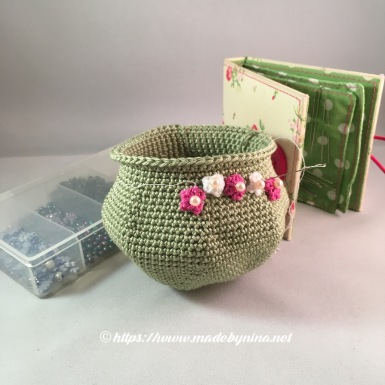 Green *Coin Purse order - WIP