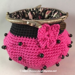 Pink 'n Black butterfly *Coin Purse (open)