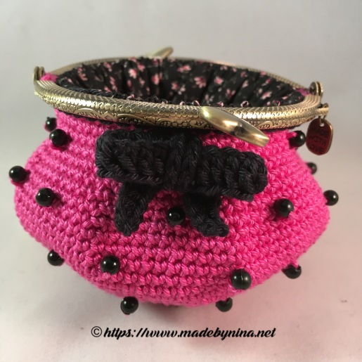 Pink 'n Black bow *Coin Purse