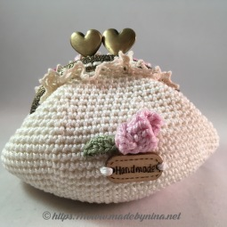 Fran's Cream 'n Rose *Coin Purse (back)