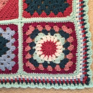 Lisa's *Blanket - another corner border