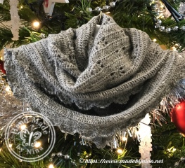 Jo's Shawl for Christmas