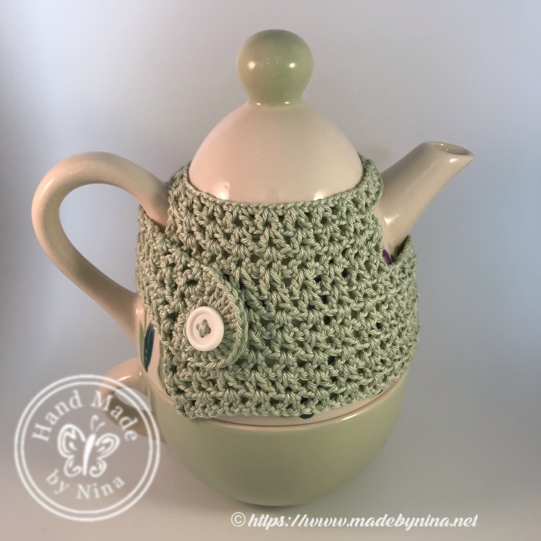 Tea-for-one with *tea cosy on